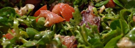 salata z boczkiem i serem plesniowym