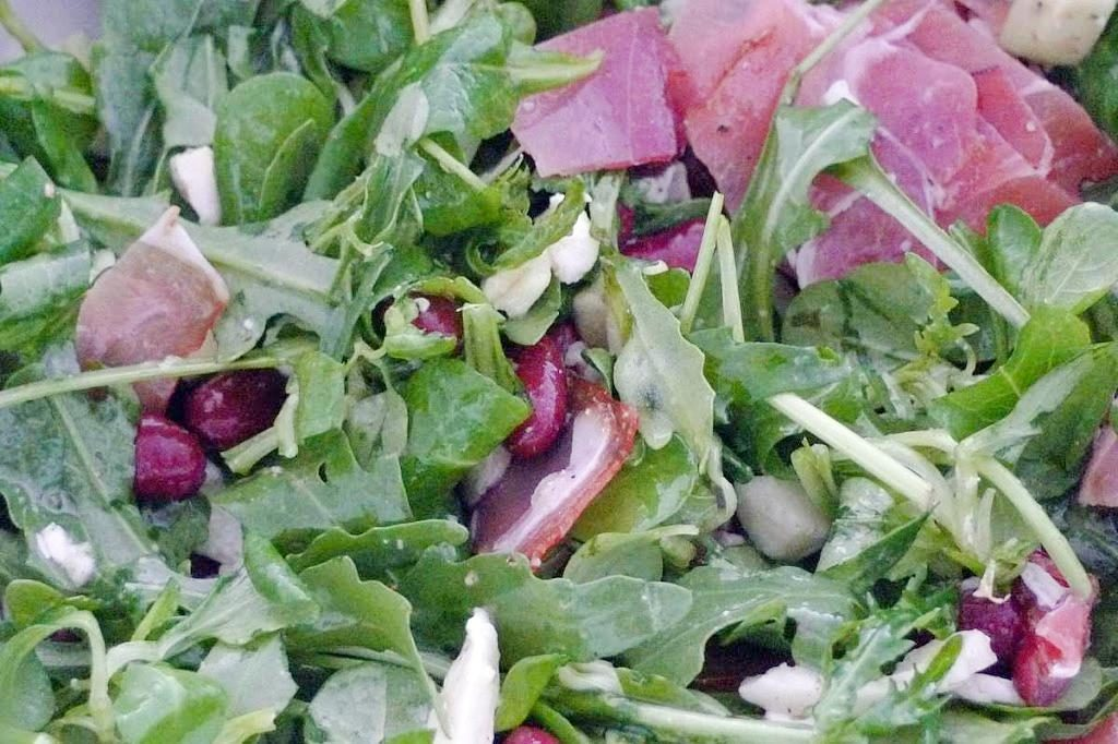 salata z awokado
