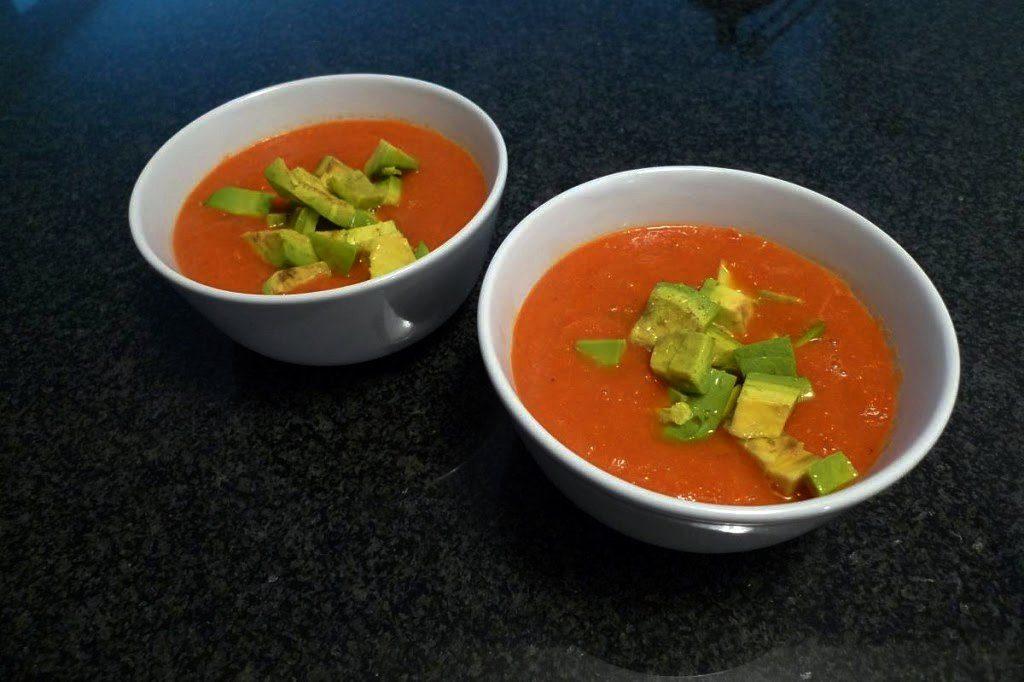 krem z pomidorow i papryki