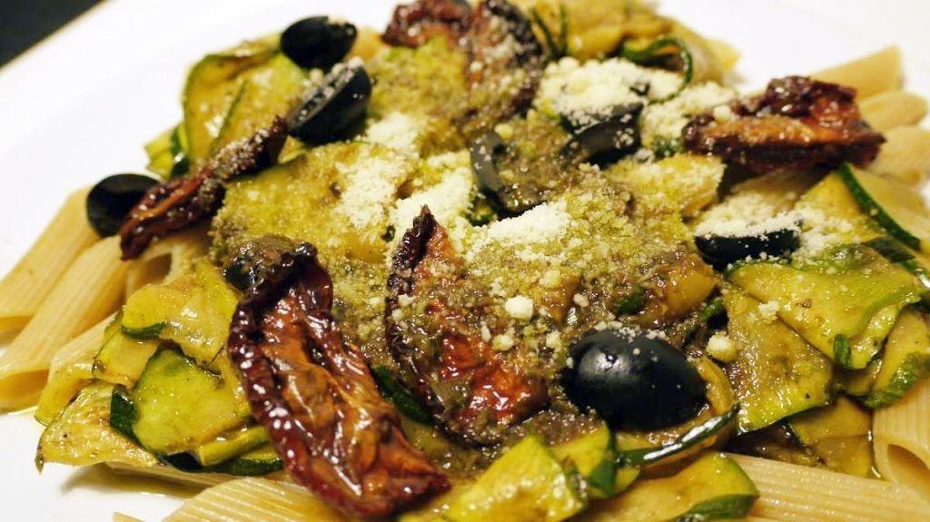 Włoska sałatka makaronowa
