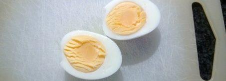 jak latwo ugotowac jajka