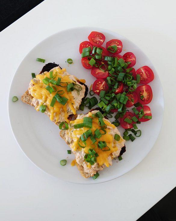 kanapki z tunczykiem i serem