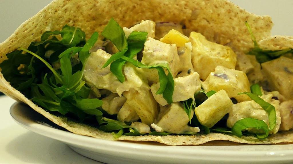 Grecka Salatka z Kurczakiem sa Atka z Kurczakiem Curry