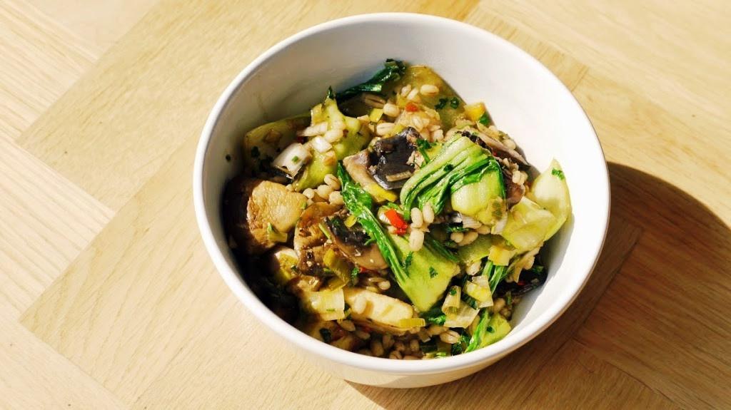 Warzywne stir-fry z sosem sojowym