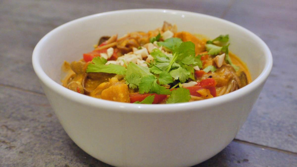Pikantna zupa tajska