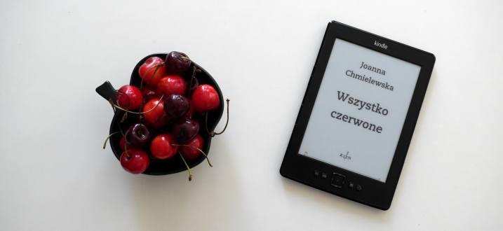 Książka na weekend: Joanna Chmielewska, Wszystko czerwone