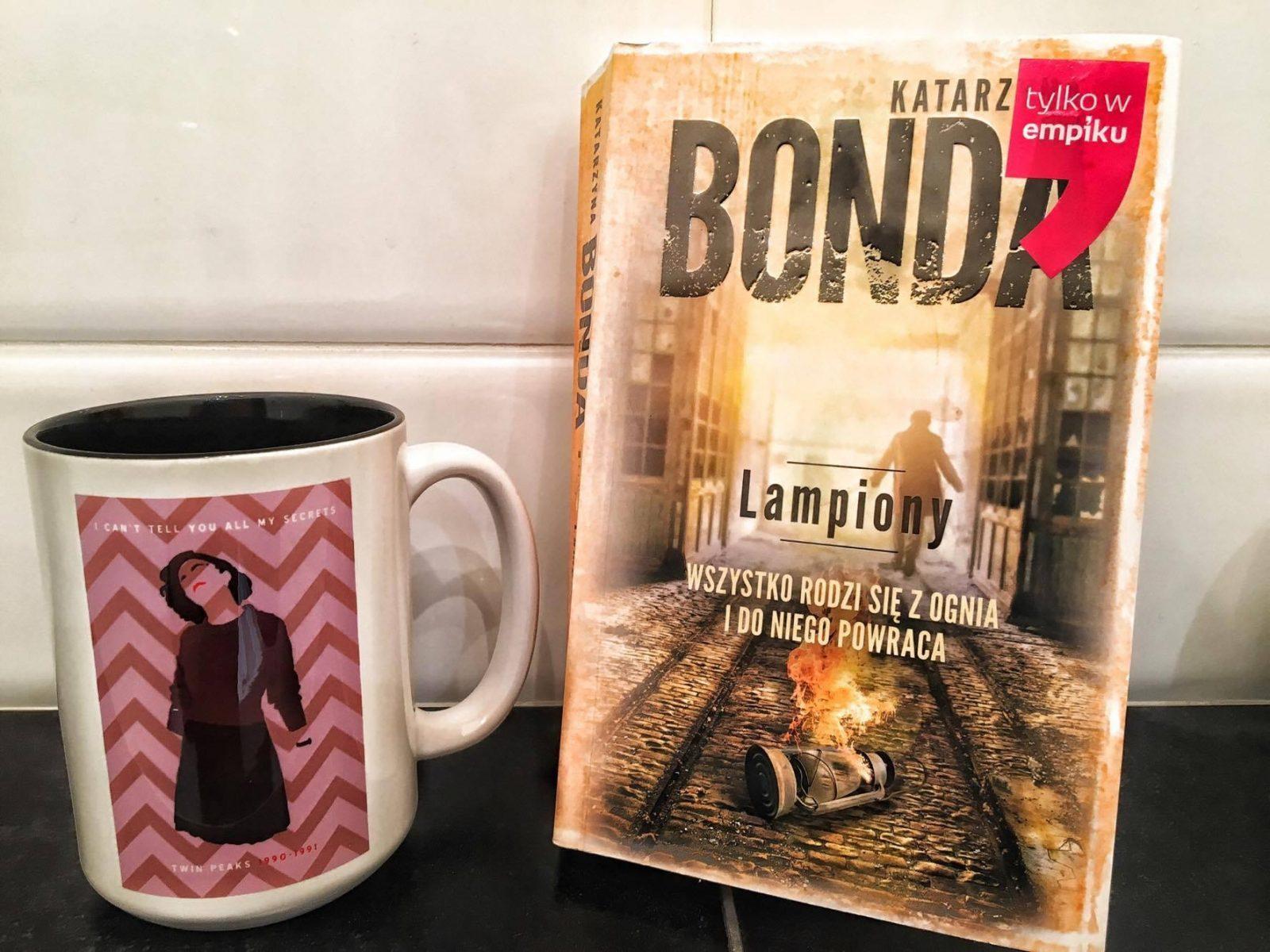 Książka na weekend: Katarzyna Bonda, Lampiony