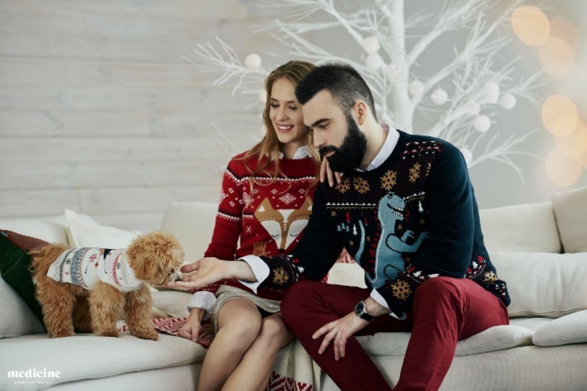 Brzydkie swetry świąteczne – pomysł na Święta 2016