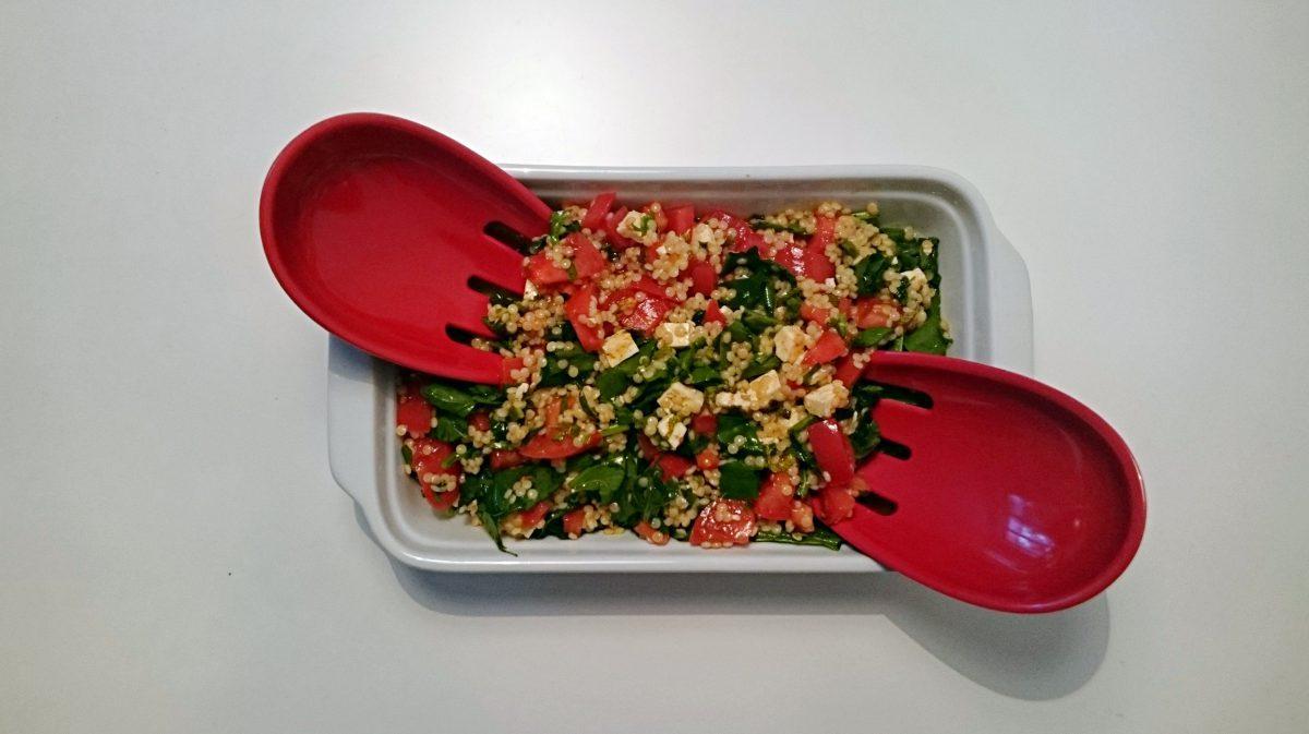 salatka z kuskusem i feta