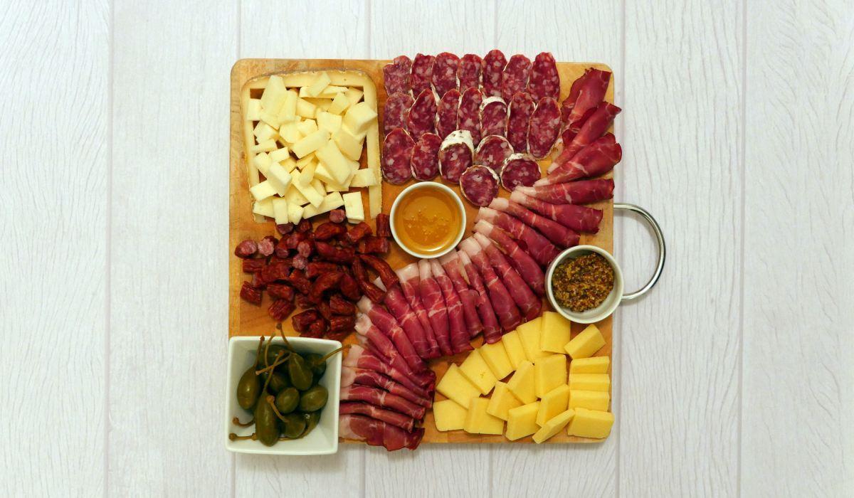 Jak zrobić deskę serów?