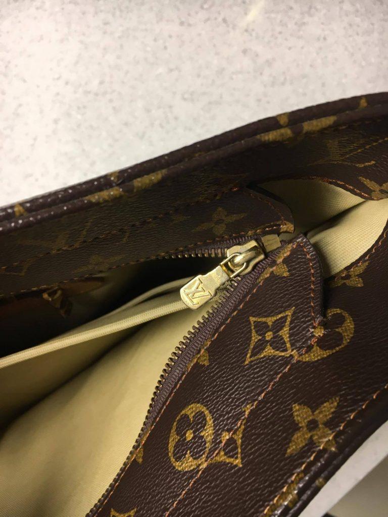 5808fdcf26a0f Przeglądając oferty sprzedaży używanych torebek Louis Vuitton Cabas,  znalazłam zarówno wersje z brązową, jak i z beżową płócienną podszewką. Co  ważne – nie ...