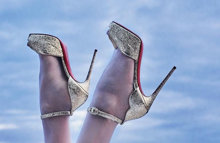 Buty Christian Louboutin – jedyne z czerwoną podeszwą