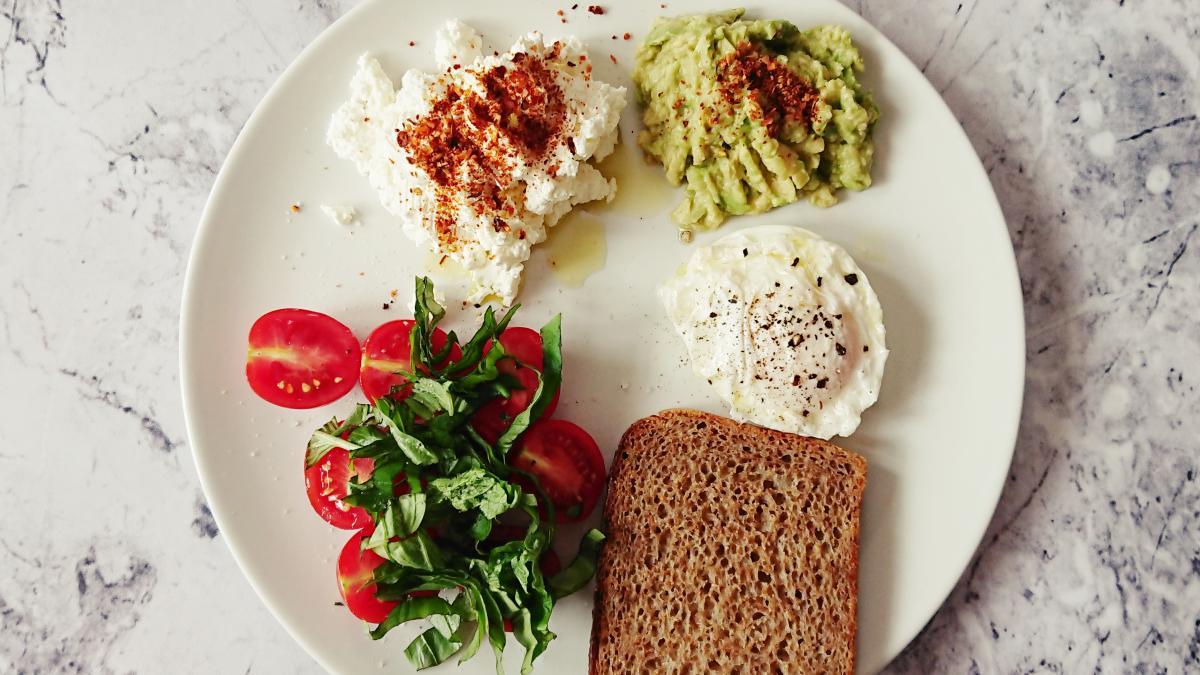 Zdrowe śniadania na słono: moje sprawdzone przepisy