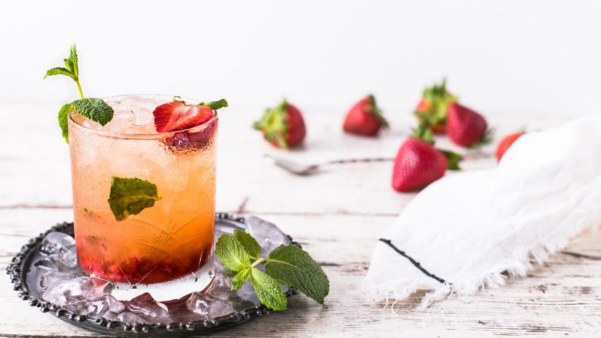 8 pomysłów na karnawałowe drinki z burbonem