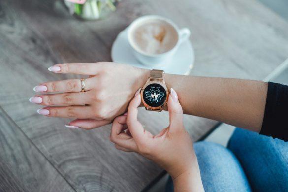najladniejsze damskie smartwatche 01